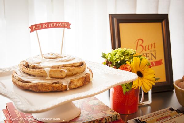 Bun in the Oven Baby Shower - Printable Cake Topper in Cinnamon Bun Cake